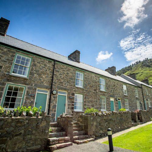 nant-gwrtheyrn-cottages-10